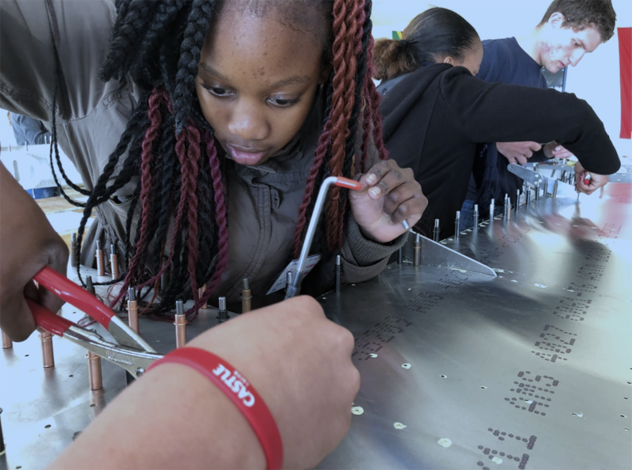 Teenagers building an aircraft to fly from Cape to Cairo