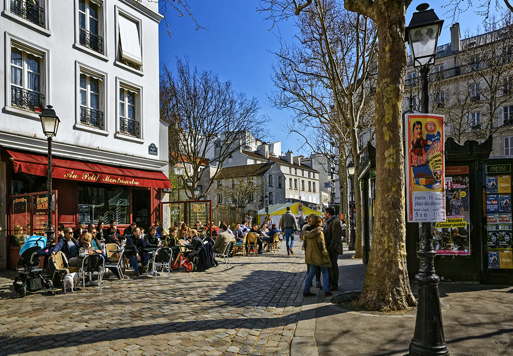 Bistrot in Abbesses Public Square, Paris, France